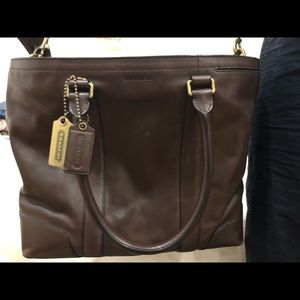 Coach laptop bag. Brown leather. Good condition.
